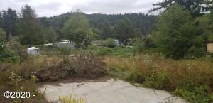 74 N Durette Dr, Otis, OR 97368 - Manufactored Home Pad
