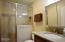 1415 NW 31st Pl, 155, Lincoln City, OR 97367 - Fully updated bath