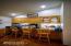 4558 SE Heron Loop, Lincoln City, OR 97367 - Breakfast Bar
