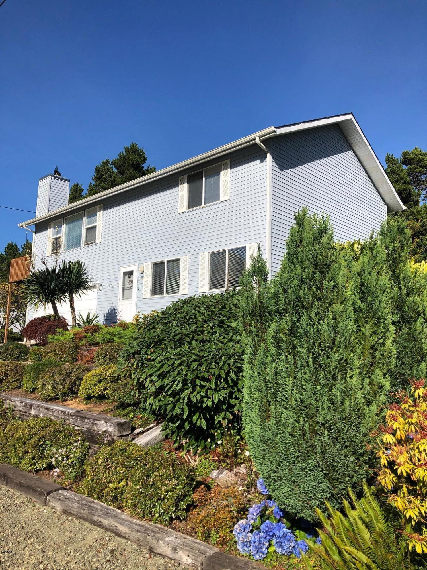 5410 Palisades Dr, Lincoln City, OR 97367