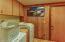 95999 US-101, A&B, Yachats, OR 97439 - Laundry  room unit B