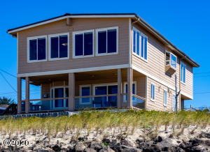 5346 SW Pacific Coast Hwy, Waldport, OR 97394 - Oceanfront Beauty