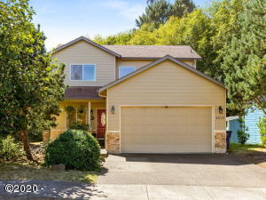 4505 NE Tide Ave, Lincoln City, OR 97367 - Front of Home