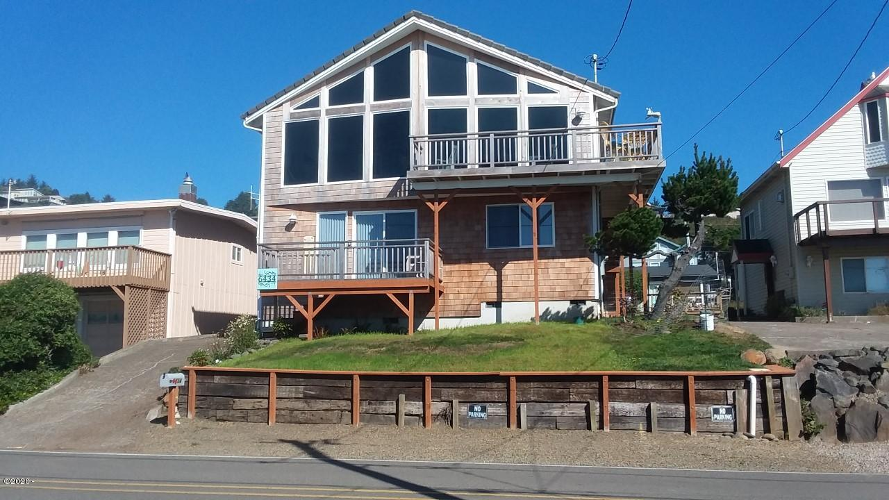 6434 NE Logan Rd, Lincoln City, OR 97367 - Front