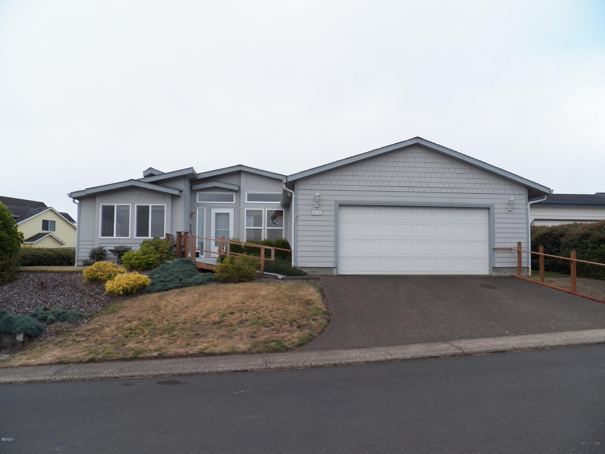 4665 NE Voyage Ave, Lincoln City, OR 97367 - 100_1114