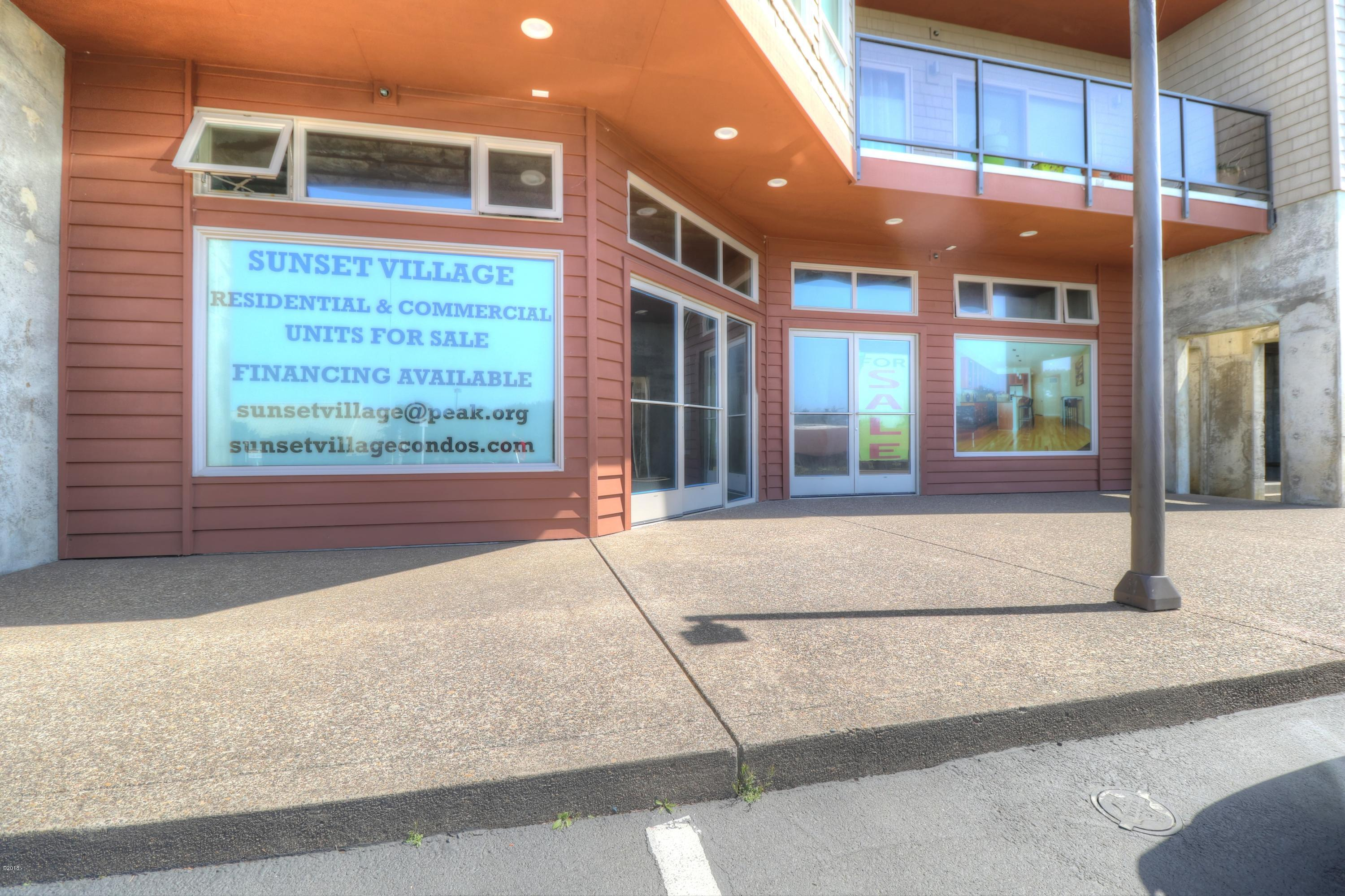 502 A&B Hwy 101 N., Yachats, OR 97498 - Exterior street side