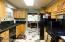 535 NE 20th Pl, Newport, OR 97365 - Kitchen