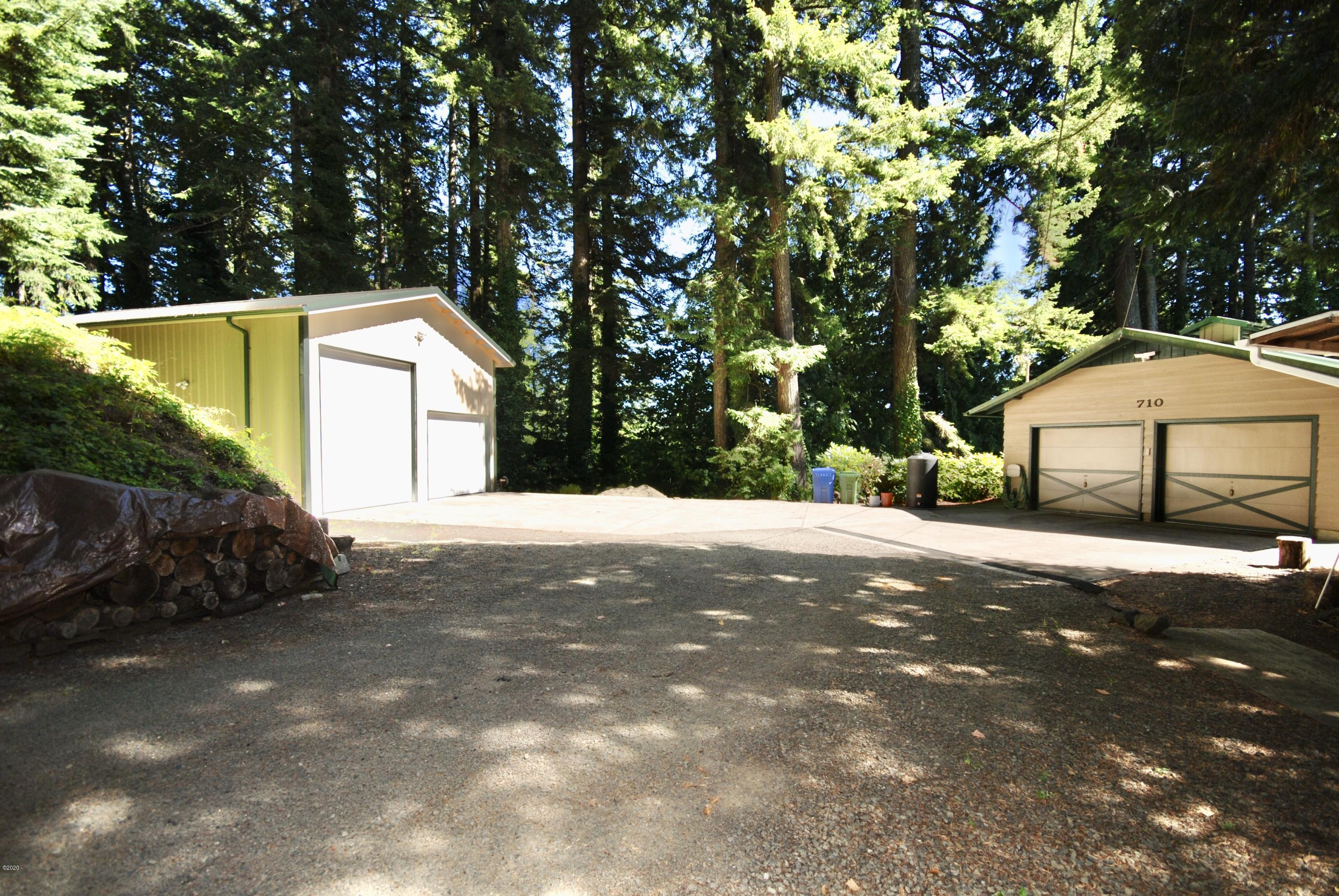 710 NW Terrace Dr, Toledo, OR 97391 - House and Shop