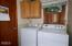 710 NW Terrace Dr, Toledo, OR 97391 - Laundry