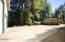 710 NW Terrace Dr, Toledo, OR 97391 - Large parking area