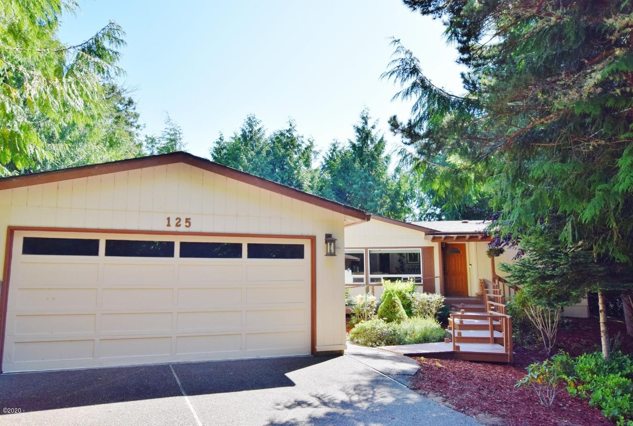 125 School House Loop, Lincoln City, OR 97367 - Front