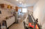 540 Wakefield Rd, Eddyville, OR 97343 - Laundry:Hobby 1