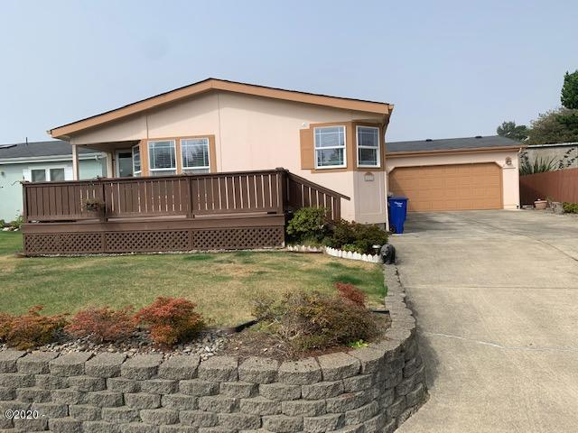 3937 Summit Ridge Cir, Depoe Bay, OR 97341 - Front
