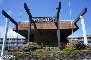 145 NW Inlet Ave, 228, Lincoln City, OR 97367 - Front of Sea Gypsy