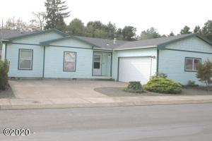 4375 SE Heron Loop, Lincoln City, OR 97367 - Great Curb Appeal