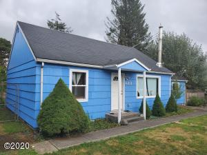 613 Williams Ave, Tillamook, OR 97141 - Front of House