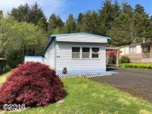 5405 NW Pacific Coast Hwy, 40, Waldport, OR 97394 - Front of House