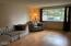 1144 SE Galley Ct, Lincoln City, OR 97367 - Living room