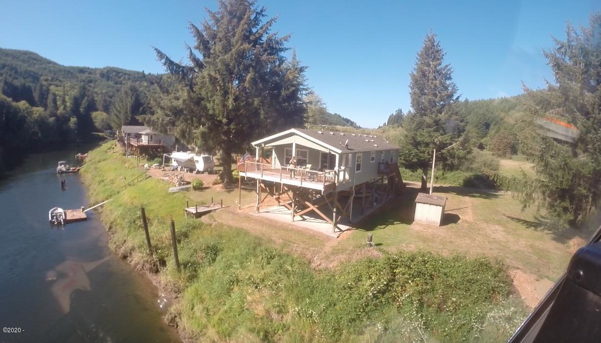 6002 S River Loop, Lincoln City, OR 97367