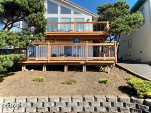 6218 NE Logan Rd, Lincoln City, OR 97367 - Front view