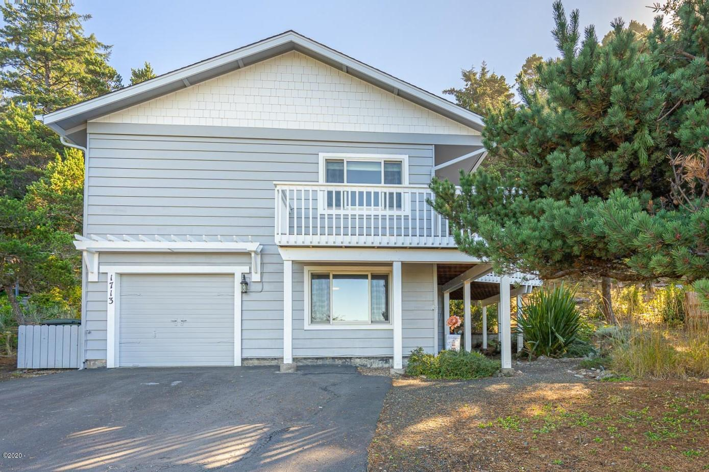 1713 NW Sandpiper Dr., Waldport, OR 97394