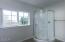 1265 NE Newport Heights Dr, Newport, OR 97365 - Master Bath View 3