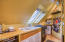 143 SW Cliff St, Newport, OR 97365 - Galley