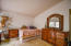 2085 NE Tide Ave, Lincoln City, OR 97367 - Bedroom