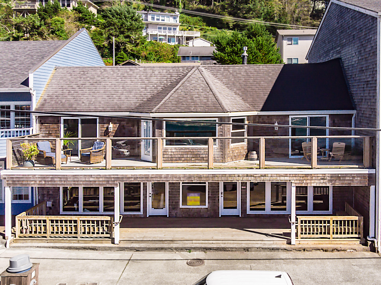 112 & 114 N Hwy 101, Depoe Bay, OR 97341 - Fabulous Hwy Frontage