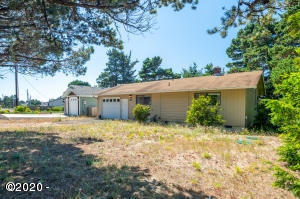 2006 NW Oceanview Dr, Waldport, OR 97394 - Busch 19