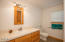 910 NW Oceania Dr, Waldport, OR 97394 - 2nd bath