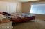 11633 NE Benton St, Newport, OR 97365 - Bedroom
