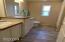 11633 NE Benton St, Newport, OR 97365 - Master Bath