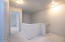601 SE Port Ave, Lincoln City, OR 97367 - Upstairs Landing