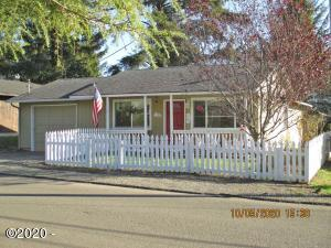 1788 NW 34th St, Lincoln City, OR 97367 - Front