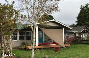 1309,1343 SE Eagle View Ln, Waldport, OR 97394 - main
