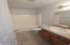 601 SE Port Ave, Lincoln City, OR 97367 - Main Bath Up