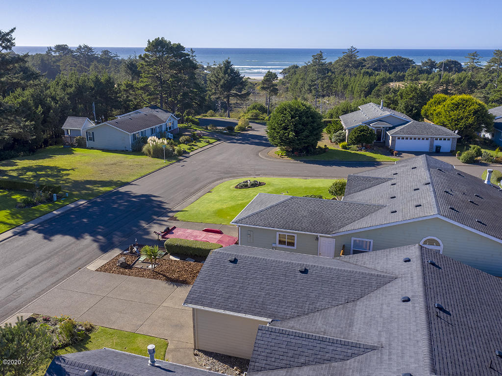 1160 SW Ocean Hills Dr, Waldport, OR 97394 - Aerial 1 Looking West