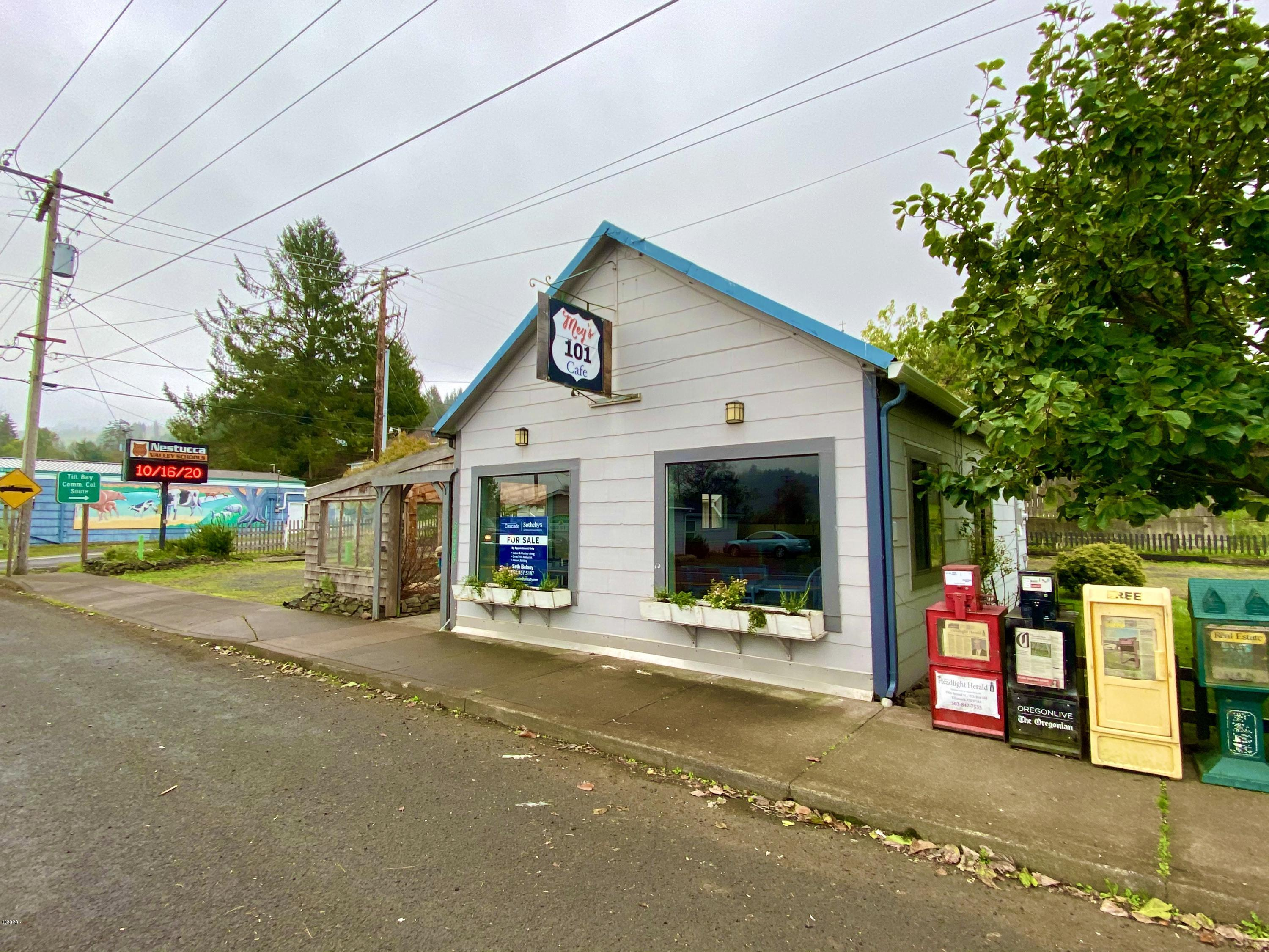 34445 Highway 101 S., Cloverdale, OR 97112