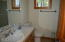 4 Olalla Pl, Toledo, OR 9734 - Bathroom 2