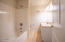 1627 NW 25th Street, Lincoln City, OR 97367 - Ensuite bathroom lower bedroom