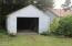 5555 NE Goodwin Ave, Yachats, OR 97498 - Garage