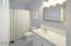 81 Oceanview St, Depoe Bay, OR 97341 - Bathroom: Upper Level