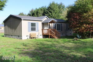 480 W Buford Ave, Siletz, OR 97380 - Front of house