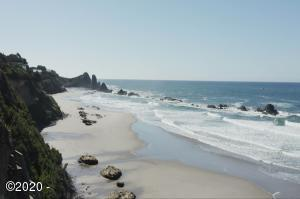 T/L 1100 NW Pacific Coast Hwy, Seal Rock, OR 97376 - Beach in front of lot