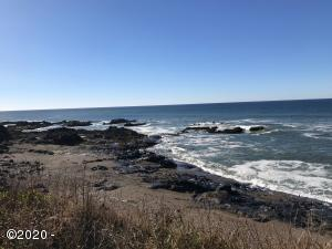 518 Ocean View Dr, Yachats, OR 97498 - Across the street from basalt rock bluff