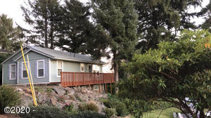 1604 NE 12th St., Lincoln City, OR 97367