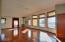 1100 NE Lakewood Dr, Newport, OR 97365 - Living Room