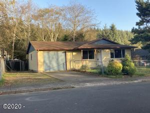 1144 SE Galley Ct, Lincoln City, OR 97367 - Front of home