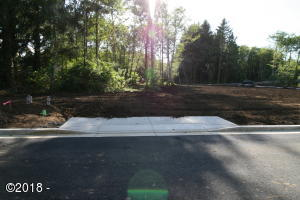 LOT #104 Ne 61st Place, Lincoln City, OR 97367 - Front of Lot